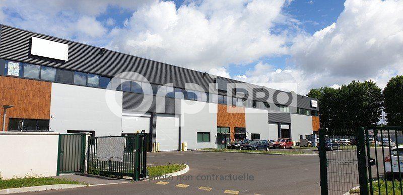 Local d'activité à louer 506m2 à Viry-Châtillon