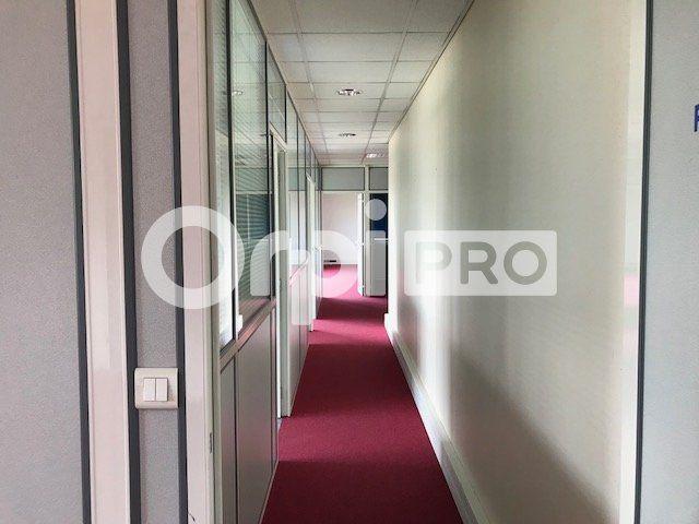 Bureaux à louer 183m2 à Lyon 7