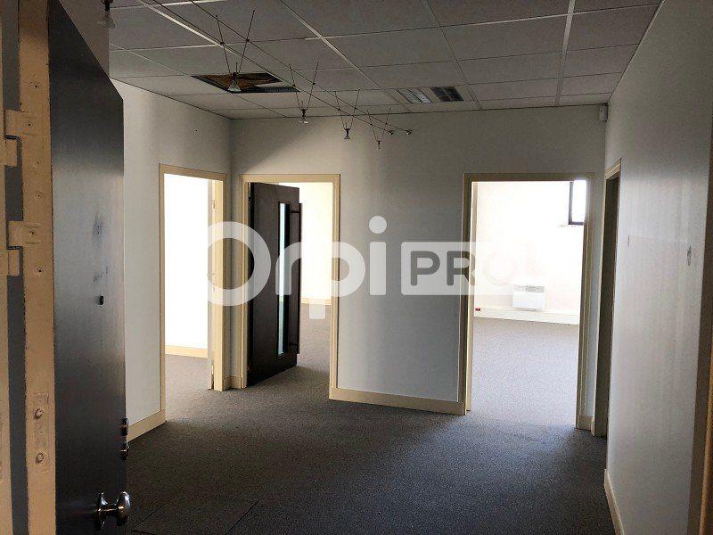 Bureaux à louer 120m2 à Reims