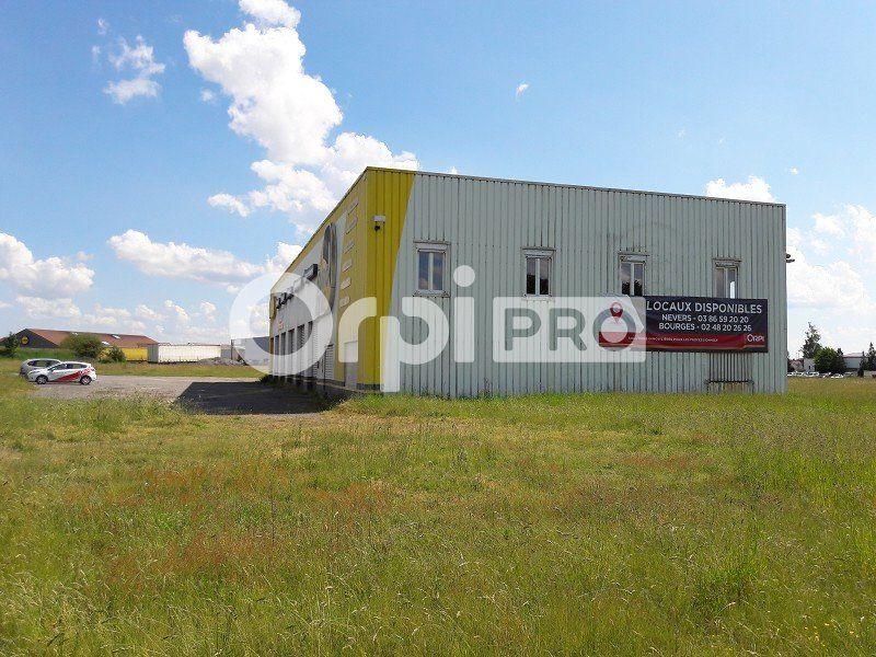 Bureaux à vendre 800m2 à Briare
