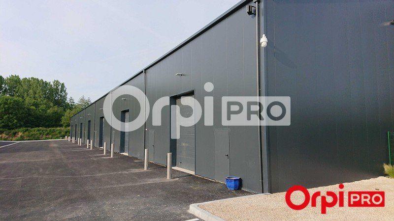 Local d'activité à louer 196m2 à Bruyères-le-Châtel
