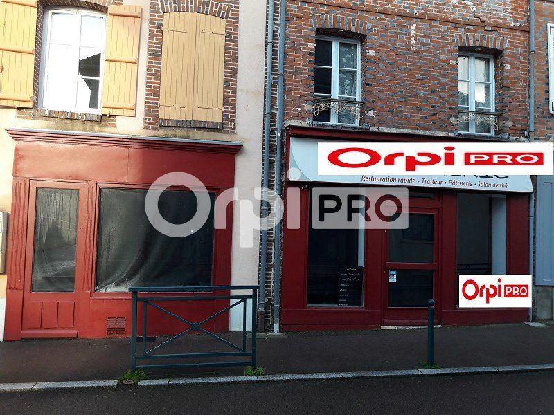 Local commercial à louer 110m2 à Champignelles