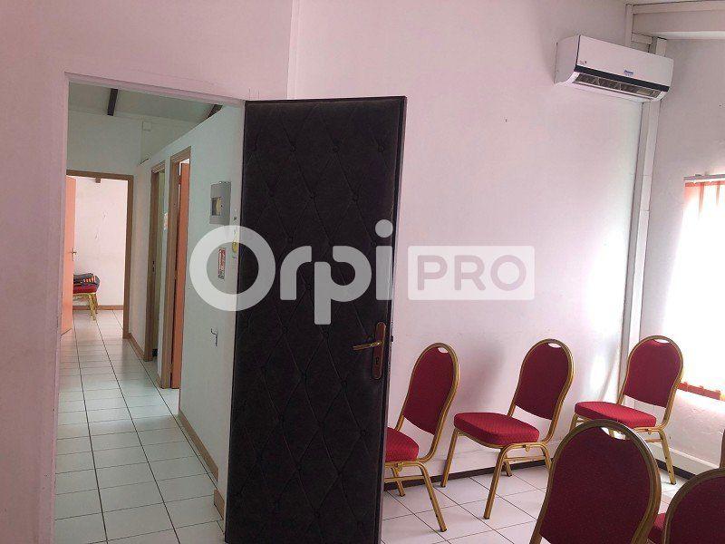 Bureaux à louer 80m2 à Ducos