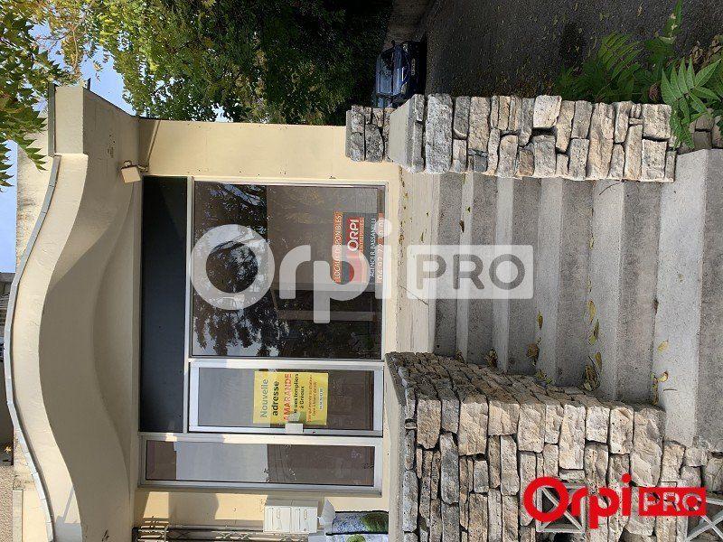 Local commercial à louer 55m2 à Gréoux-les-Bains