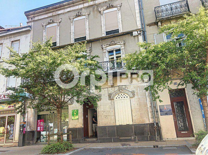 Local commercial à louer 122m2 à Montluçon