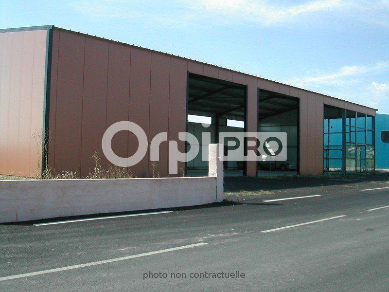 Entrepôt à louer 324m2 à Sainte-Tulle