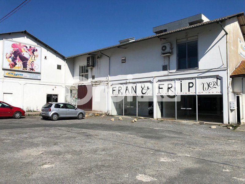 Local commercial à louer 76m2 à Bayonne