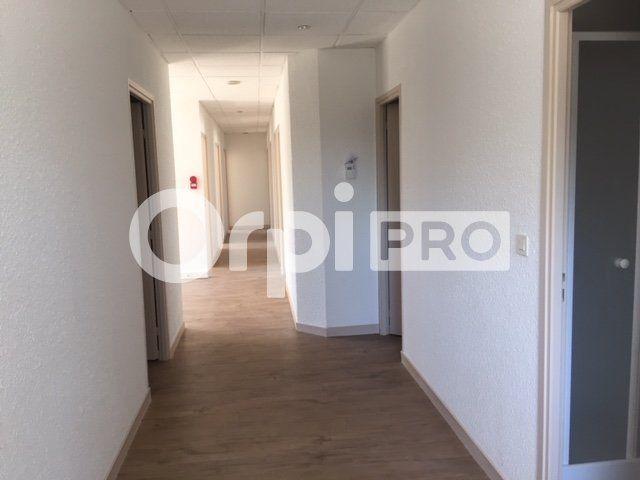 Bureaux à louer 154m2 à Charbonnières-les-Bains