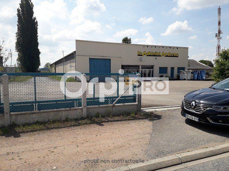 Entrepôt à louer 202m2 à Montluçon
