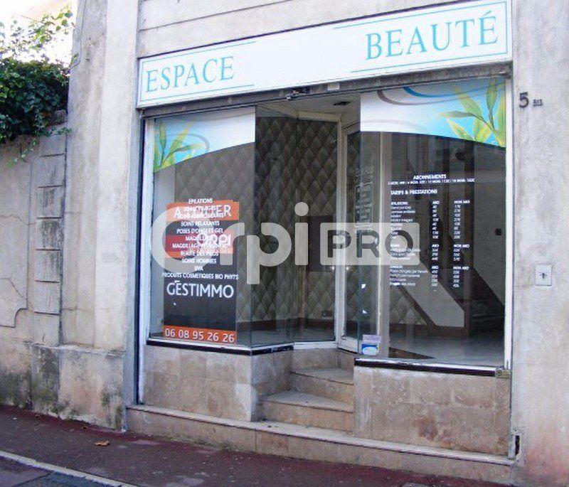 Local commercial à louer 75m2 à Villenoy