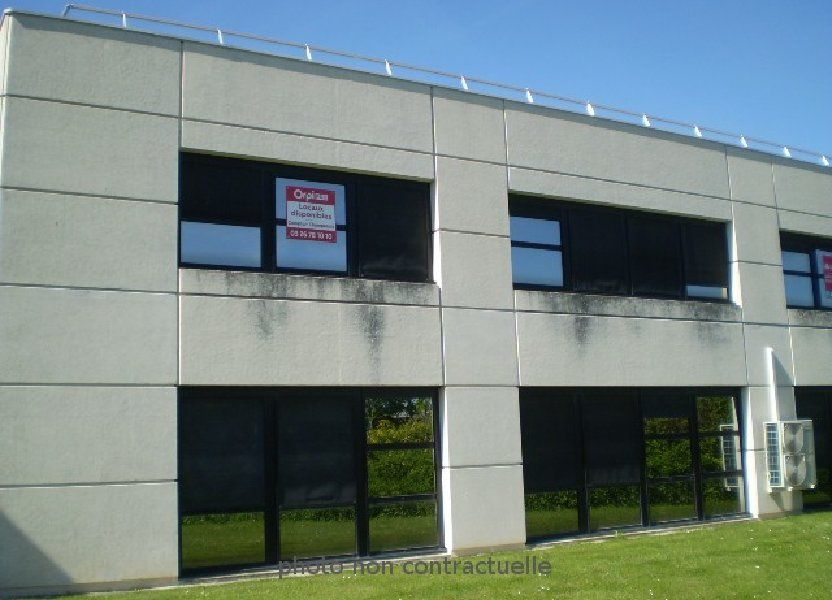Bureaux à louer 121m2 à Reims