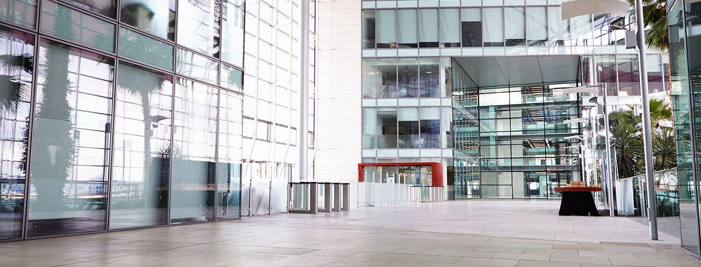 Immobilier d 39 entreprise biens professionnels orpi for Agence de paysage sebastien sosson