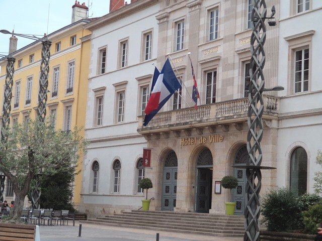 Agence immobili re chalon sur saone orpi agence n 1 for Agence chalon sur saone