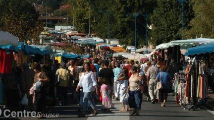 Chaque dimanche on flane au marché de Panazol